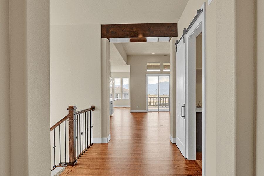 saddletree-custom-home-floorplan-cratfsman-design-entryway