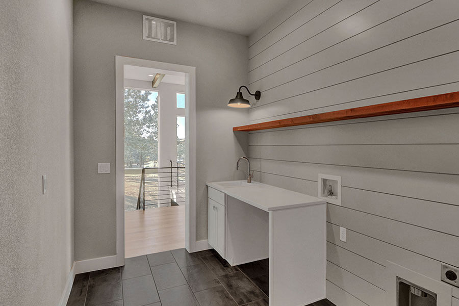 4910-Old-Stagecoach-Laundry-Room
